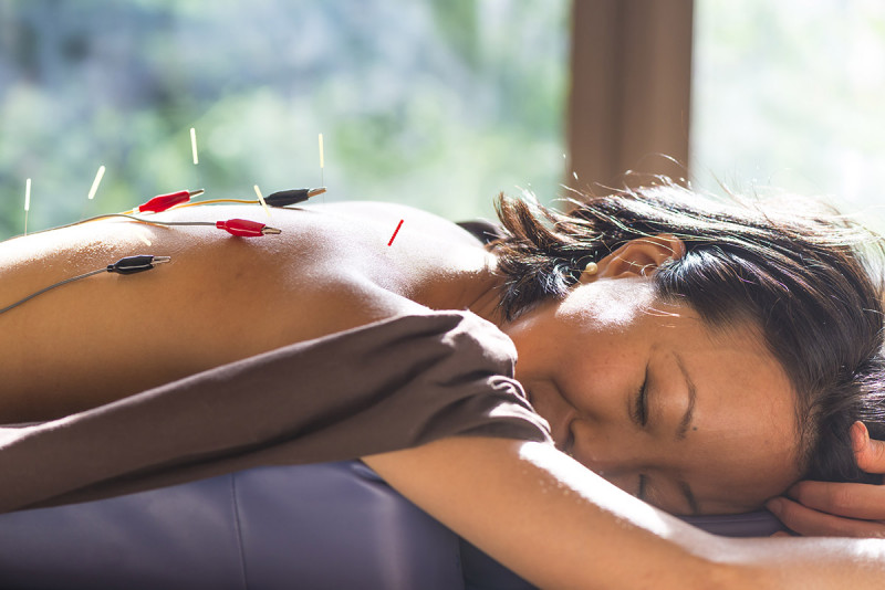 Can Acupuncture Improve Sleep for Breast Cancer Survivors with Hot Flashes? New Study Says Yes