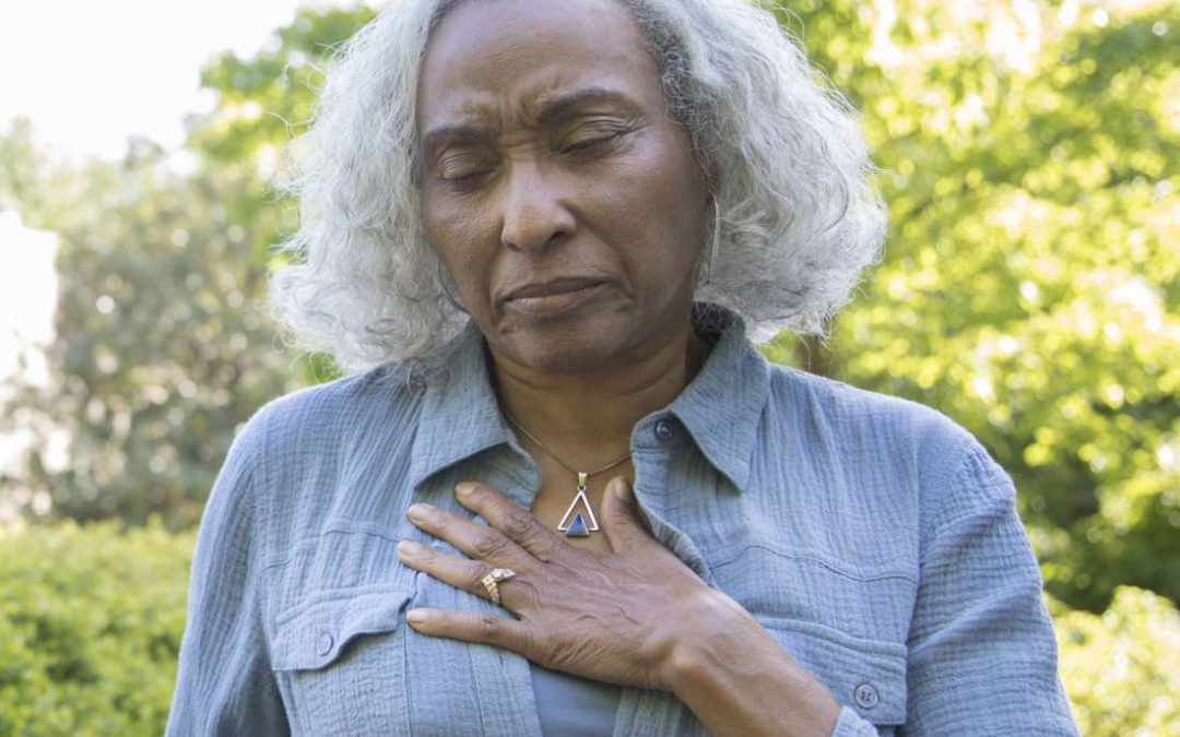 Menopause and sore breasts: Causes and relief