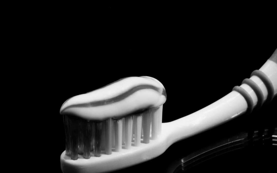 Common Antimicrobial in Toothpaste Linked to Inflammation and Cancer