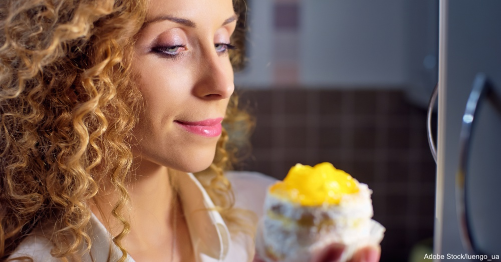 Could Late-Night Snacking Make Your Breast Cancer Come Back?
