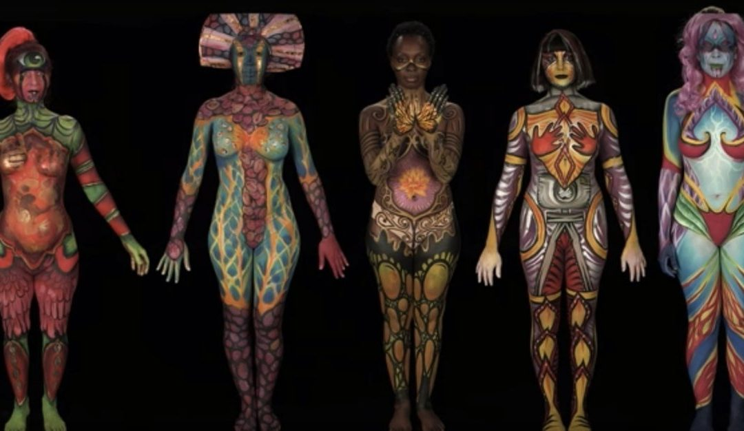 """Body Paintings Show the """"Inner Warrior"""" in These Breast Cancer Survivors"""