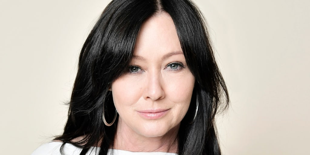 Shannen Doherty says stage 4 breast cancer is just 'part of life at this point'